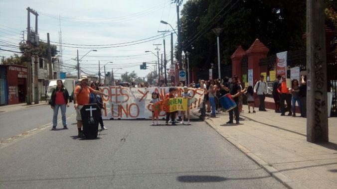 Protesta a las afueras de la municipalidad 7