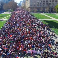 Convocan a marchar este martes 13 contra la llegada de Piñera.