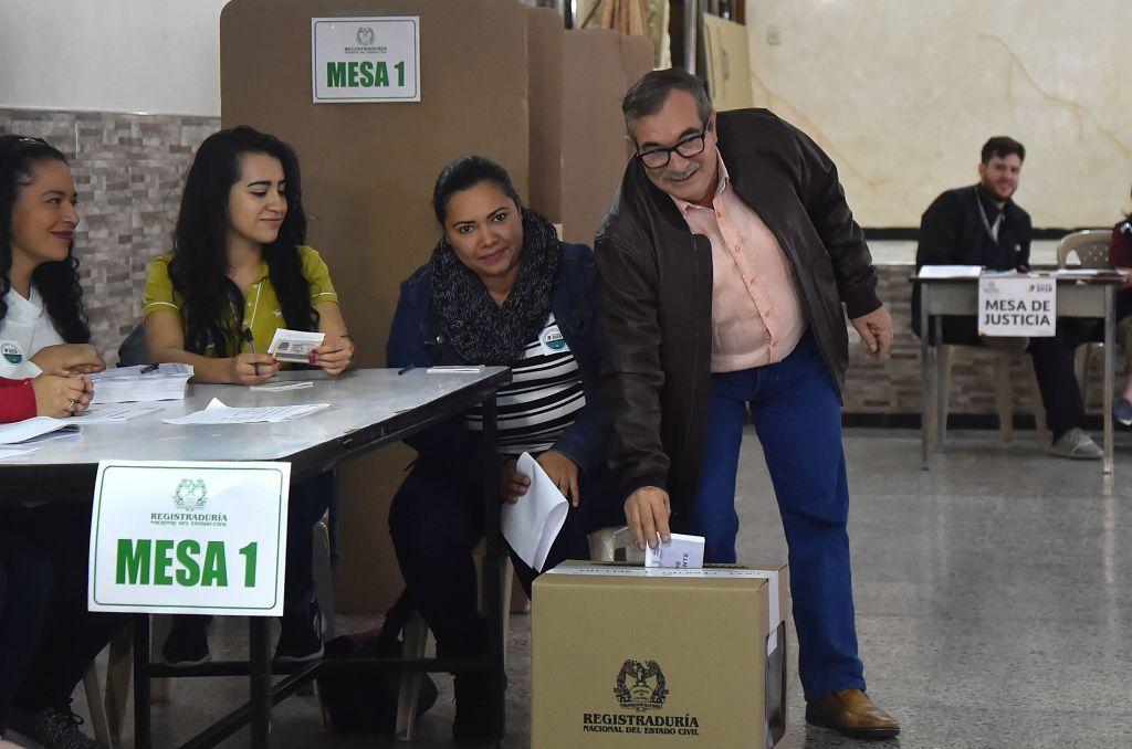 Atilio Borón|Lento parto en Colombia
