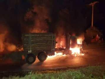 Camión quemado en contulmo